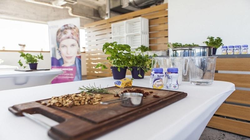 Znani blogerzy kulinarni gotują dla chorych onkologicznie i ich bliskich - nutricia 3 - Znani blogerzy kulinarni gotują dla chorych onkologicznie i ich bliskich