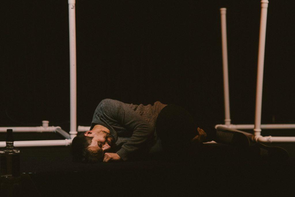 Hanna Konarowska i Sebastian Cybulski z premierą! Rozkład jazdy na afiszu Teatru Kamienica! - rozk  ad jazdy 3 1024x683 - Hanna Konarowska i Sebastian Cybulski z premierą! Rozkład jazdy na afiszu Teatru Kamienica!